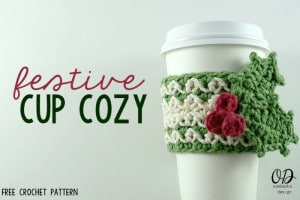 Festive Cup Cozy by Oombawka Design