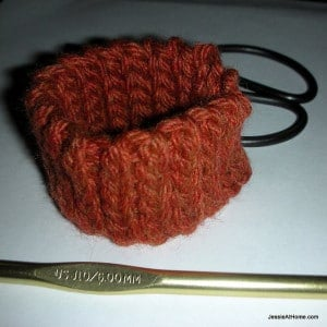Quick Scrap Yarn Slip Stitch Bracelet by Jessie At Home