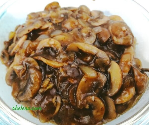 Sauteed mushrooms in a bowl.